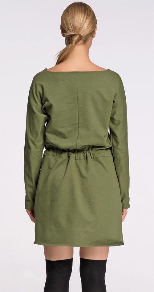 Zelené šaty s opaskem