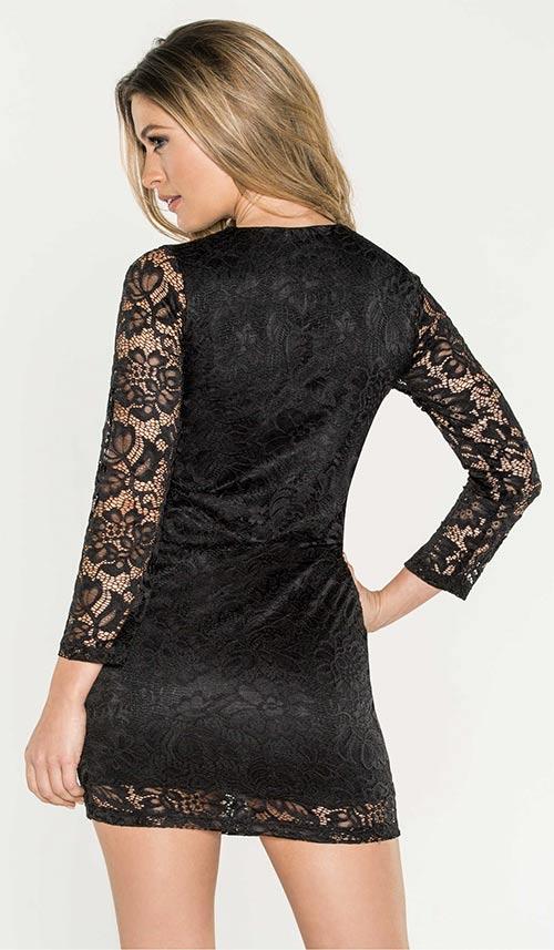 Krátké černé krajkové šaty
