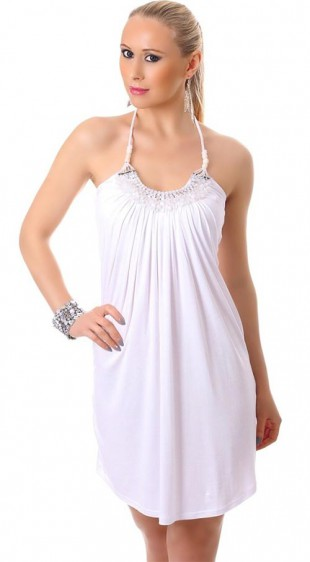 Bílé krátké letní plážové šaty na tenká ramínka