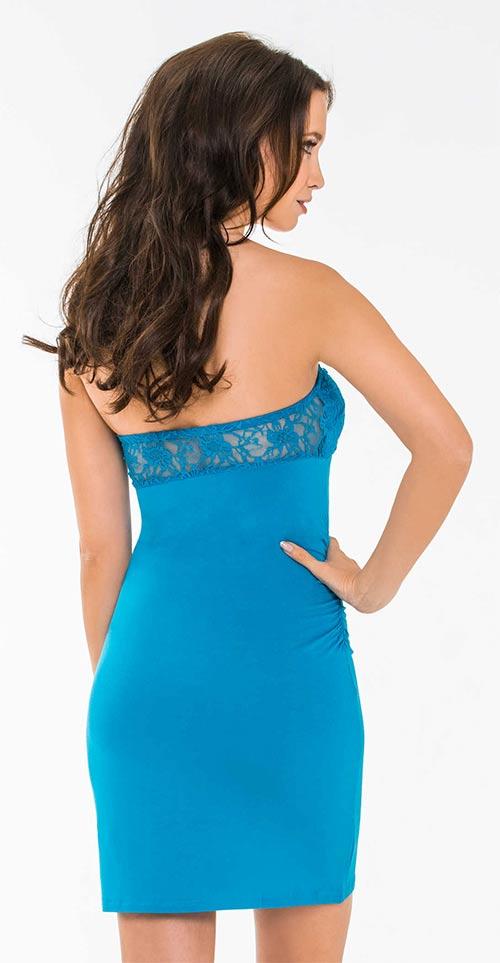 Modré krajkové šaty nad prsa