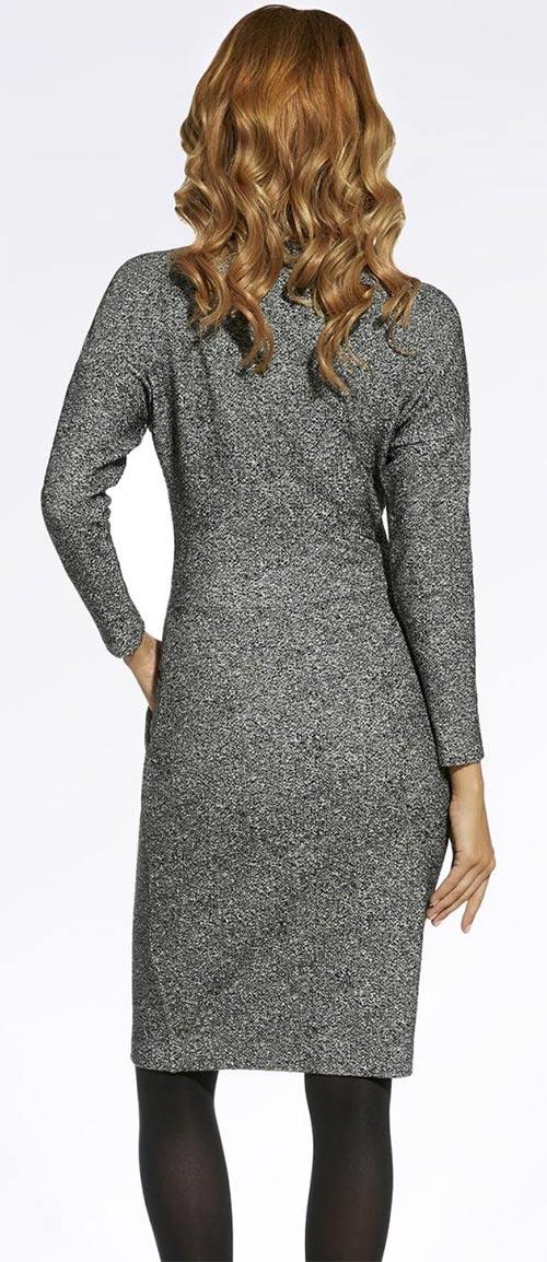 Žíhané šedé podzimní šaty