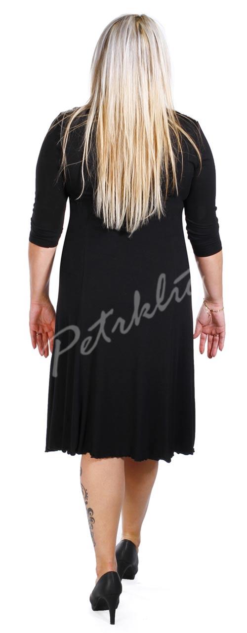 České černé dámské šaty