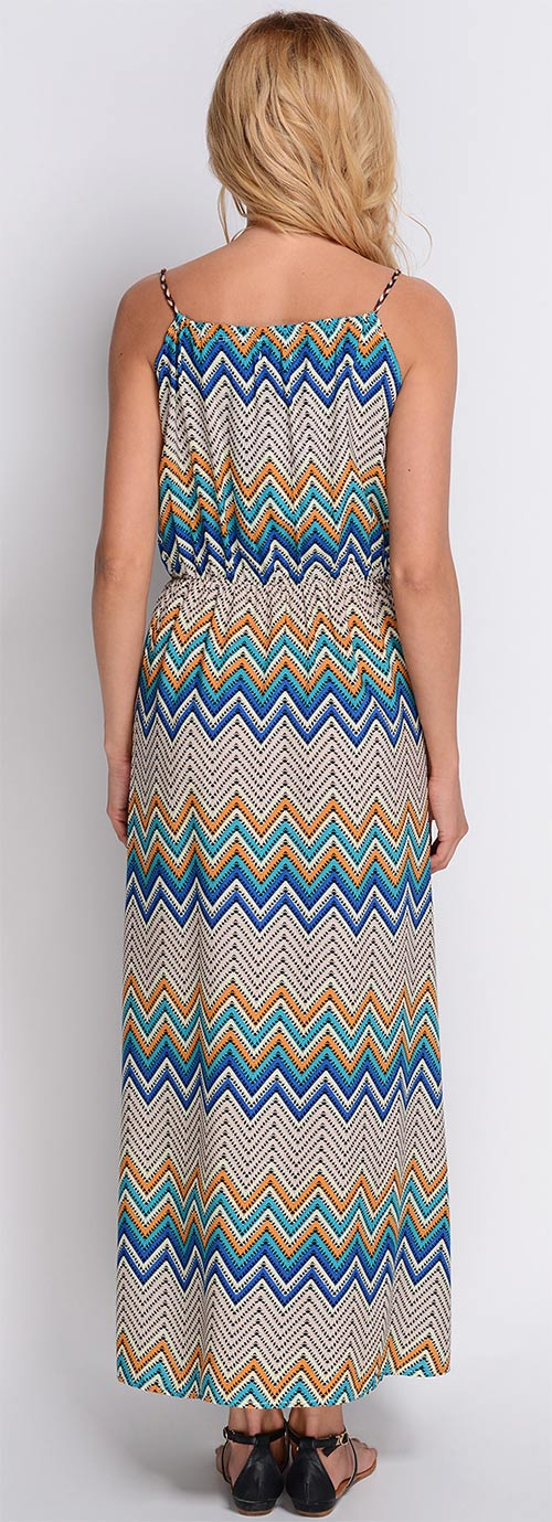 Dlouhé šaty s etno vzorem