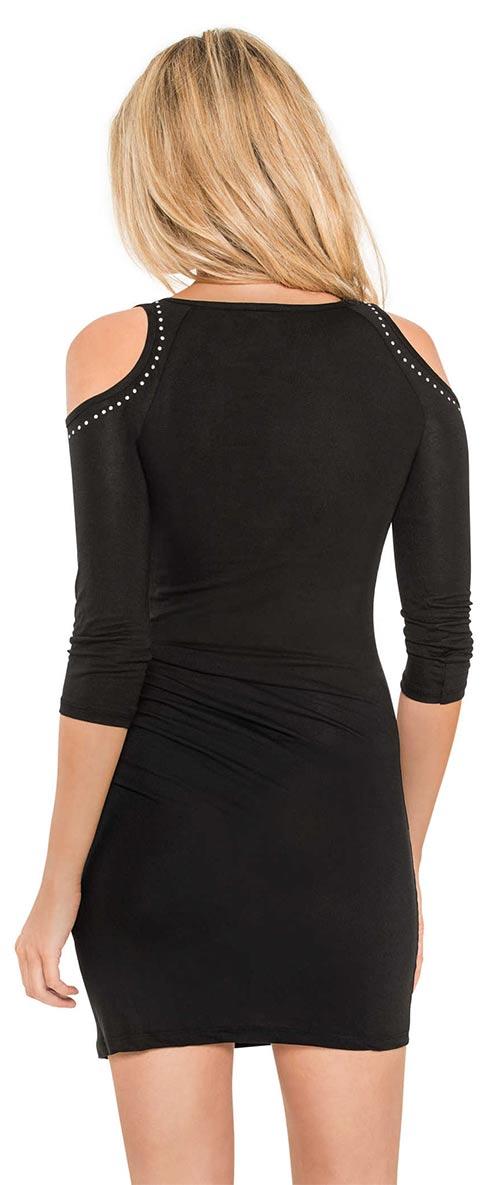 Krátké šaty s průstřihy na ramenou