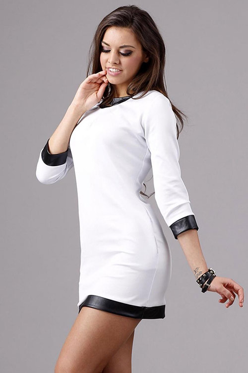 Moderní mini šaty Makadamia M81