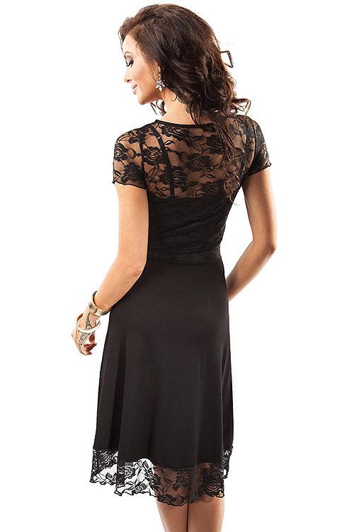 Krajkové šaty s korzetovým střihem