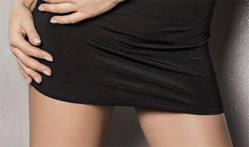 Komplet elastických minišatů a tanga kalhotek