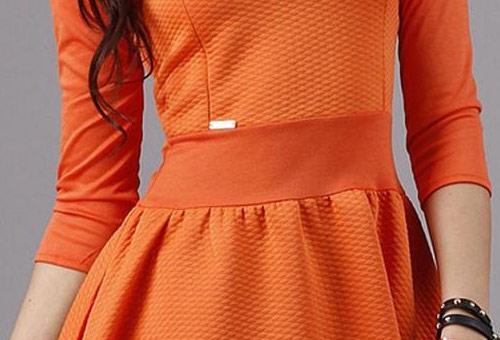Oranžové dámské retro šaty Makadamia M79