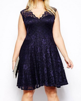 Elegantní šaty pro plnoštíhlé