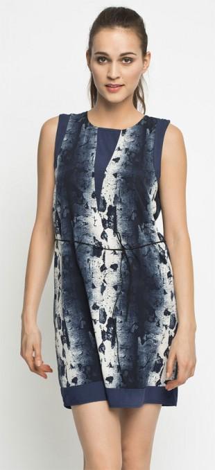 Letní šaty Kampa s jednoduchým střihem z tenké látky