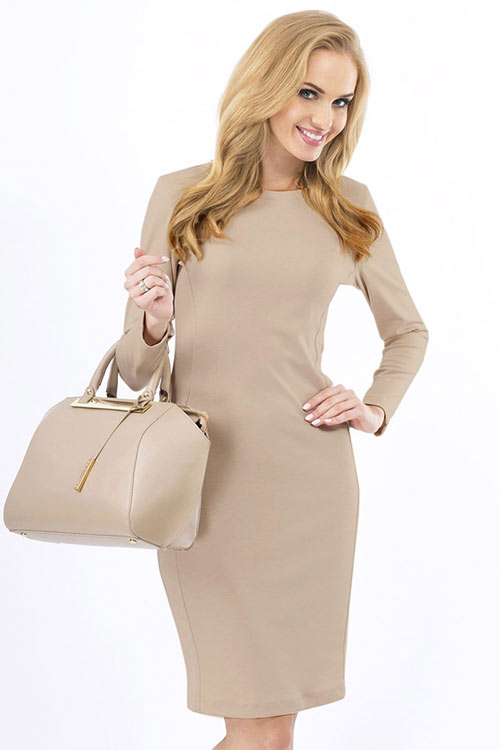 Elegantní pouzdrové šaty Nakadamia