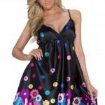 Černé letní krátké mini šaty na tenká ramínka