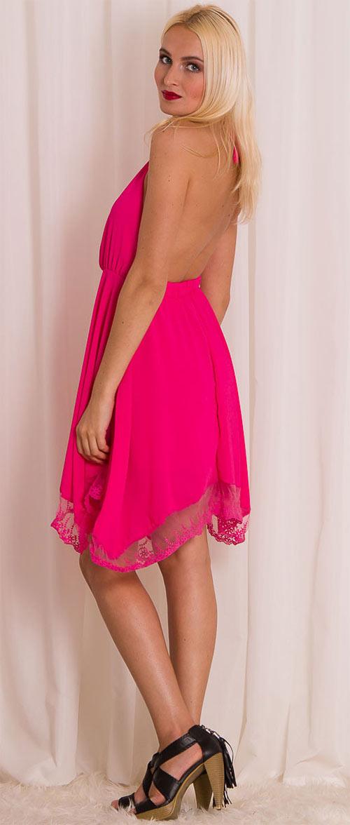 Volné růžové šaty