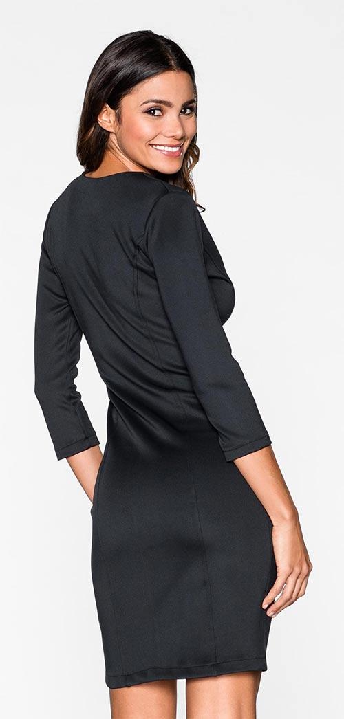 Černé večerní šaty