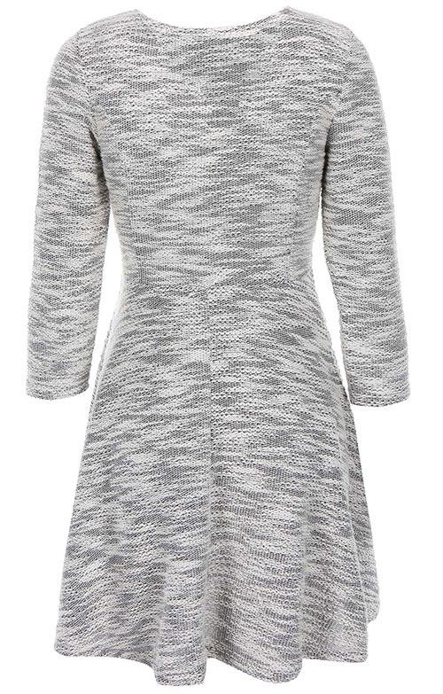 Úpletové šaty pro plnoštíhlé