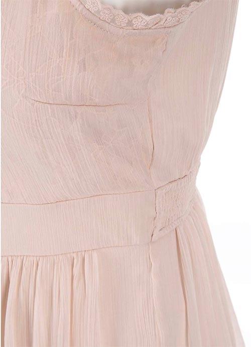 Plesové šaty s krajkou
