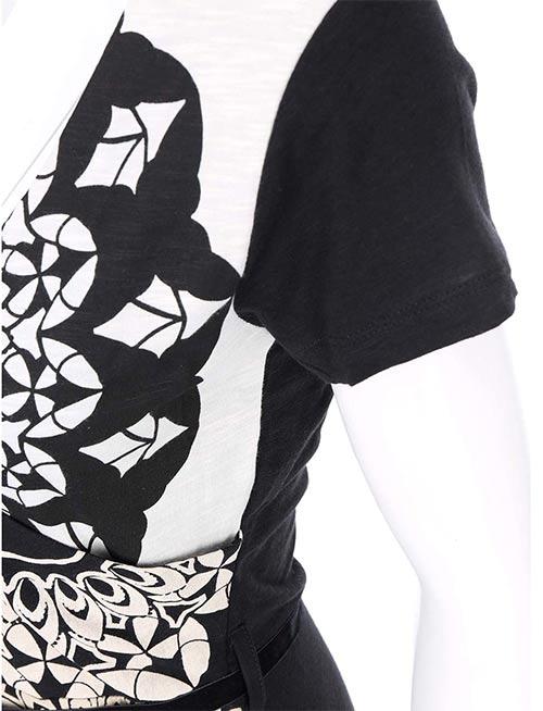 Černé dámské šaty s bílým vzorem