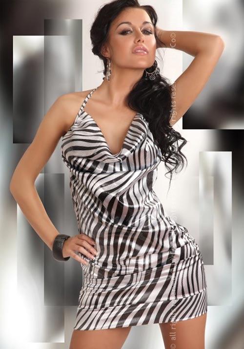 Extravagantní krátké dámské šaty s motivem safari
