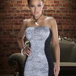 Dámské šaty bez ramínek Avanua v tygrovaném provedení