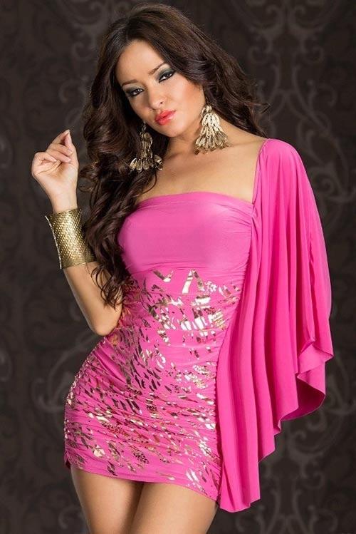 Elegantní růžové dámské společenské minišaty nad prsa