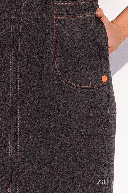 Falešné přední kapsy na šatech
