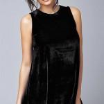 Luxusní volná černá tunika jako šaty z jemného sametu