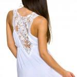 Bílé letní mini šaty k moři s hačkovanou vsadkou
