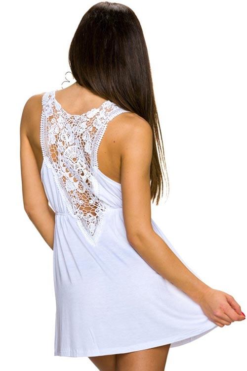 789765f4d676 Bílé letní mini šaty k moři s hačkovanou vsadkou