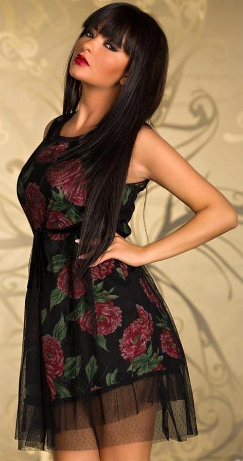 Dvouvrstvé krátké dámské šaty