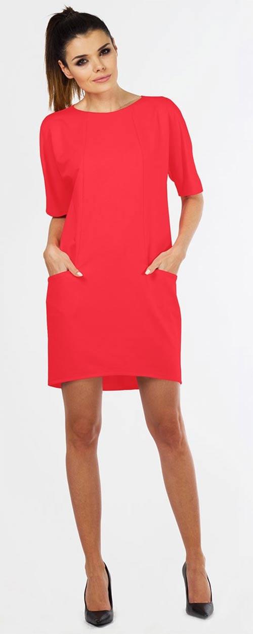 Krátké červené šaty s kapsami