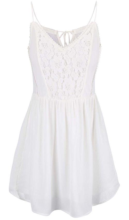 Krátké dámské šaty s krajkovým topem