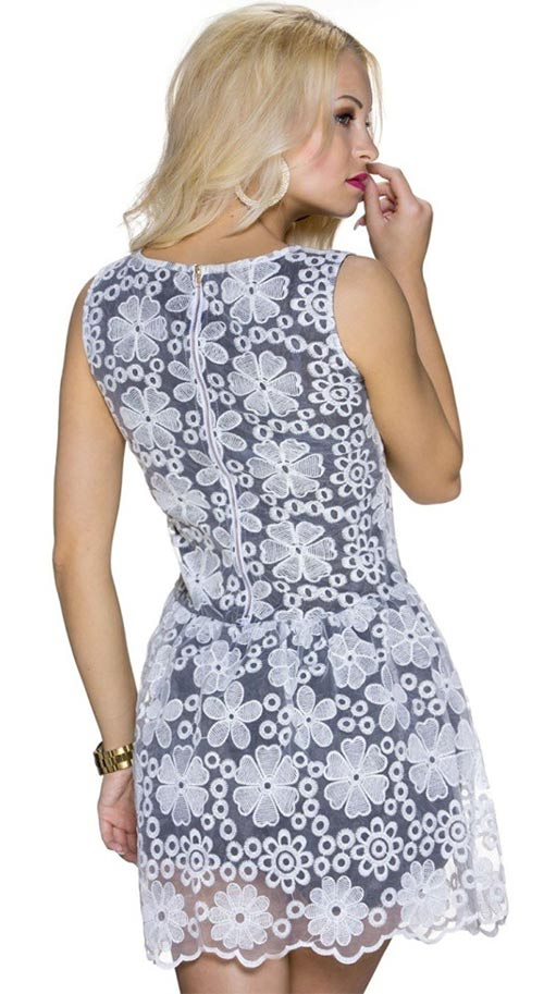 Letní šaty s květinovou krajkou