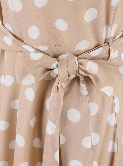 Puntíkované šaty s páskem na mašličku