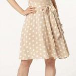 Romantické retro béžové dámské šaty s puntíky