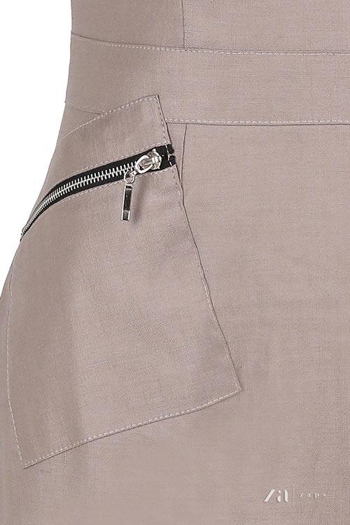 Hnědé šaty s kapsami na zip