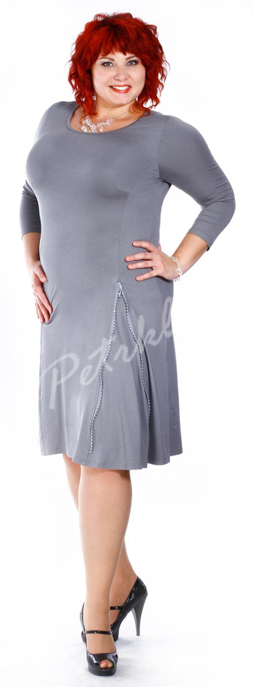 Dámské šaty pro plnoštíhlé princesového střihu s ozdobným zipem
