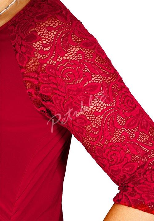 Dámské šaty s krajkovými rukávy