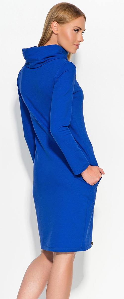 416de3b686c Zimní bavlněné dámské šaty po kolena s člunovým roláčkem. Modré volné dámské  šaty ...
