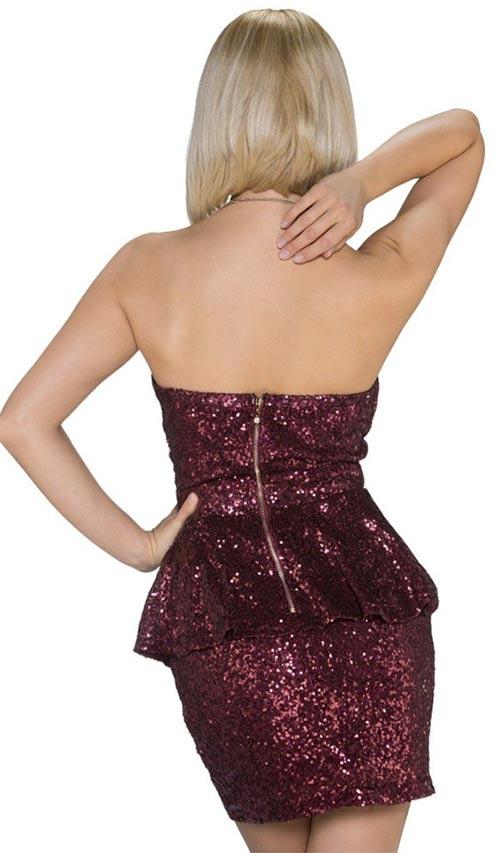 Krátké vínově červené flitrové společenské šaty bez ramínek. Plesové šaty s  odhalenými zády ff86020388