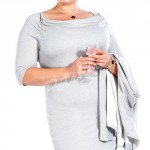 Zeštíhlující pouzdrové šaty pro plnoštíhlé