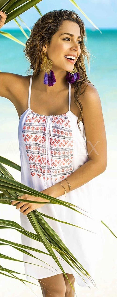 Šaty nositelné přes plavky