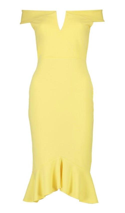 Žluté úplé šaty