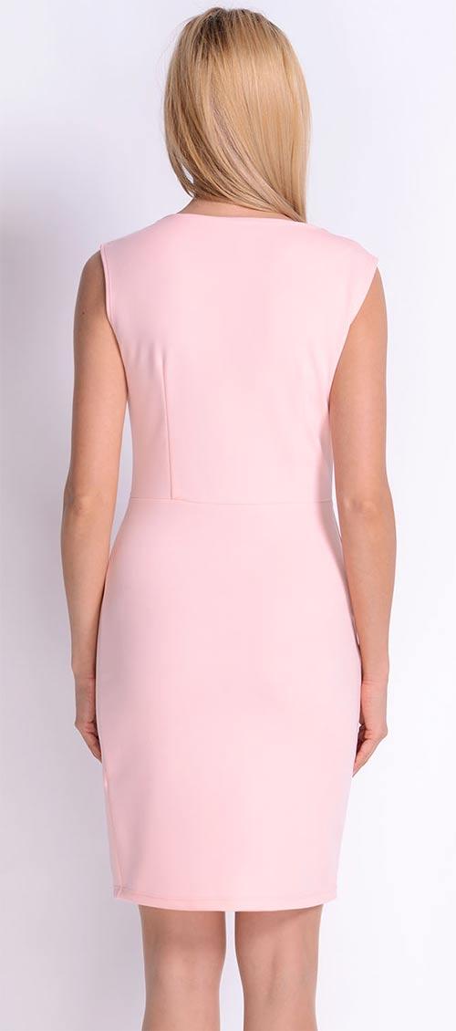 Růžové šaty pro družičku