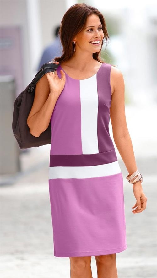 Fialkové dámské šaty