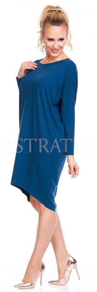 Pohodlné šaty asymetrického střihu kryjící bříško a boky