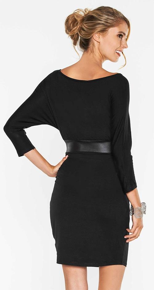 Černé šaty s netopýřím rukávem
