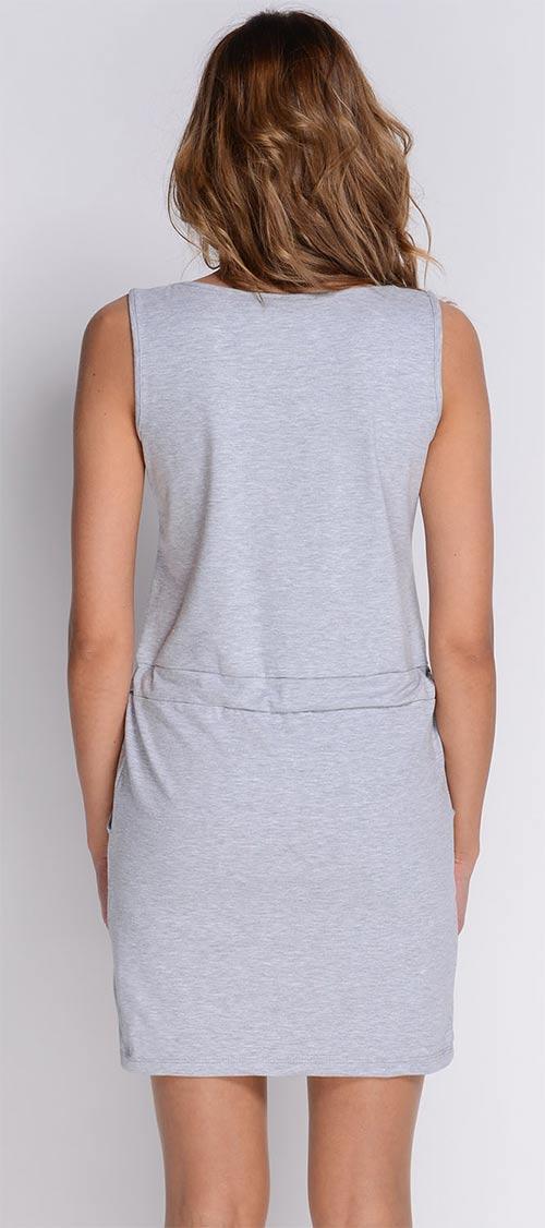 Jednoduché dámské šaty