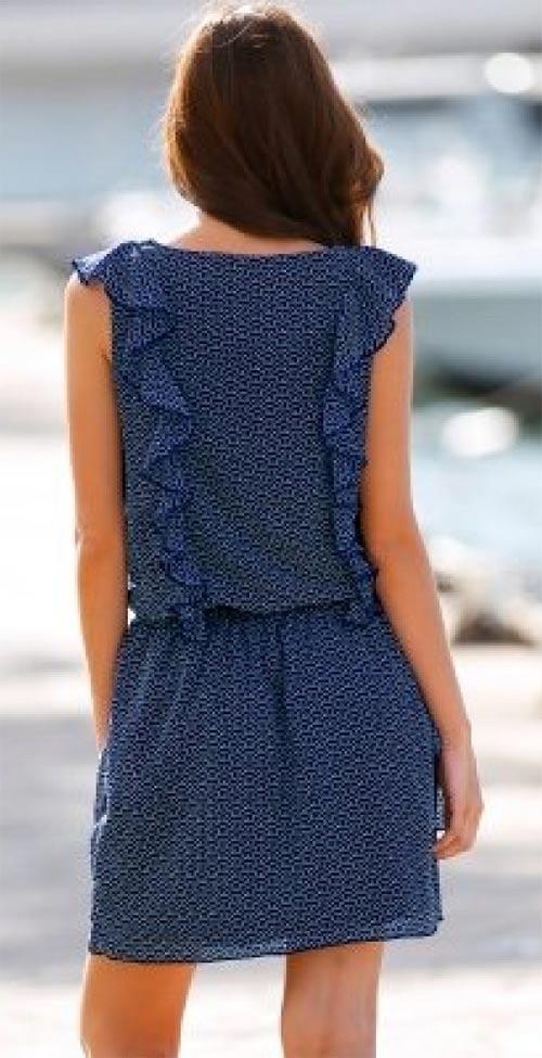Modré šaty s volánkem
