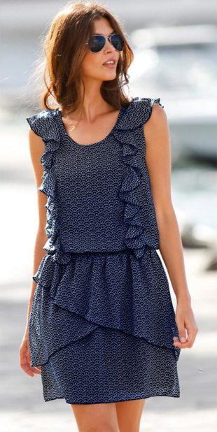 Splývavé úpletové šaty