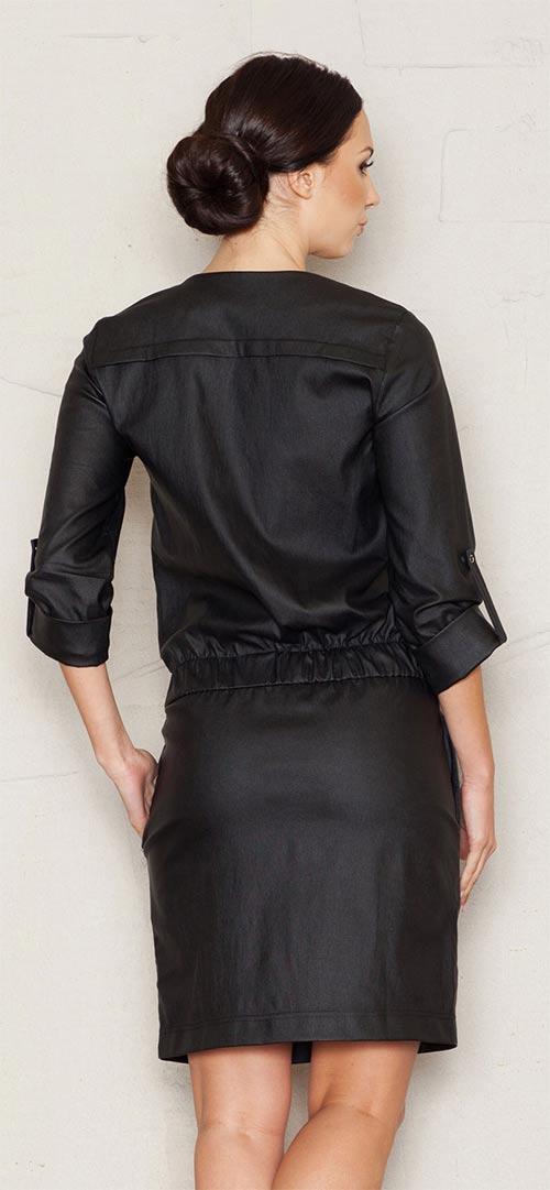 Černé lekslé šaty
